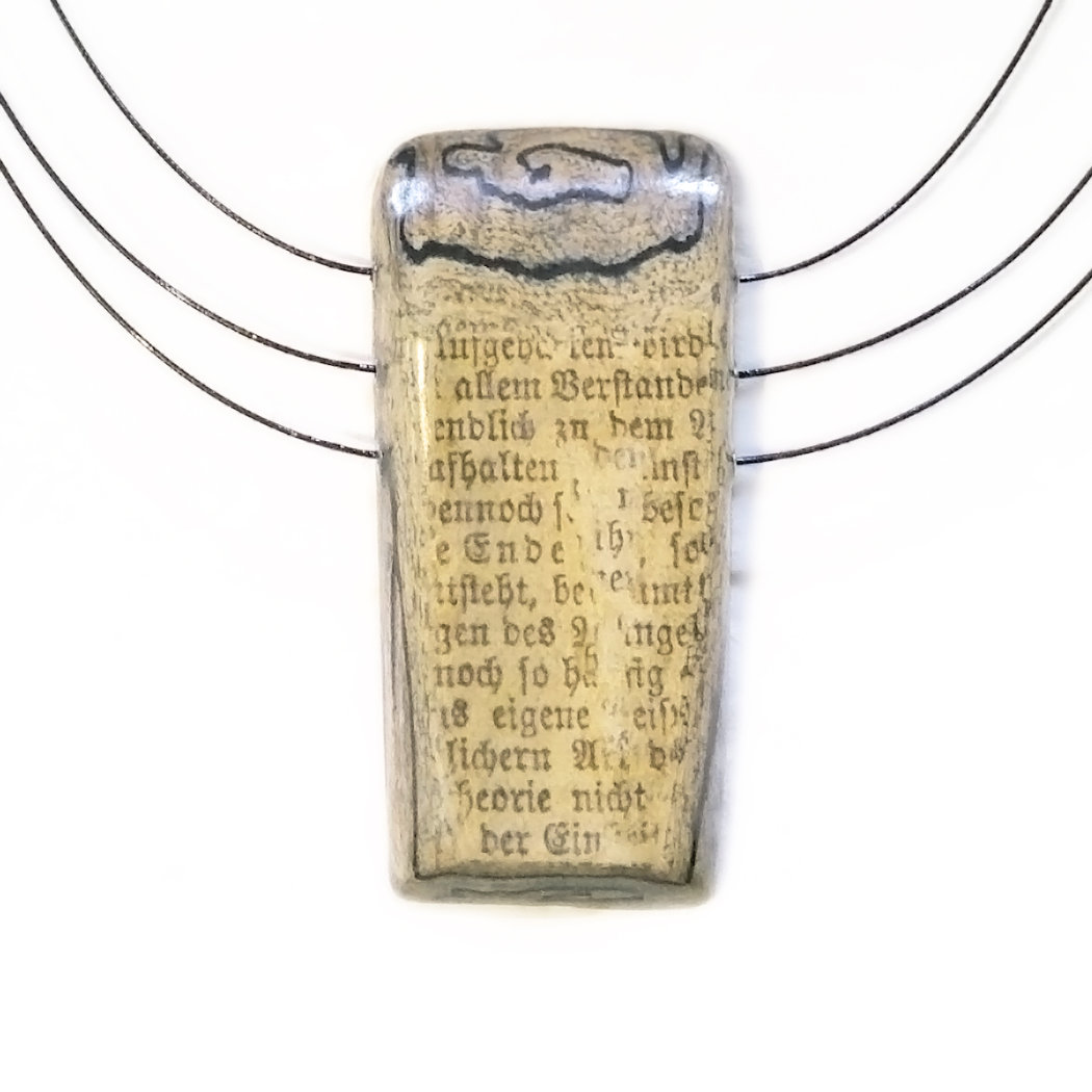 "Literary necklace with paper layer pendant ""Lessing 1"""